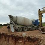 scavo plinto e gettata cemento